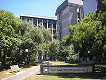 220px-Faculty_of_Medical_and_Health_Sciences_University_of_Auckland